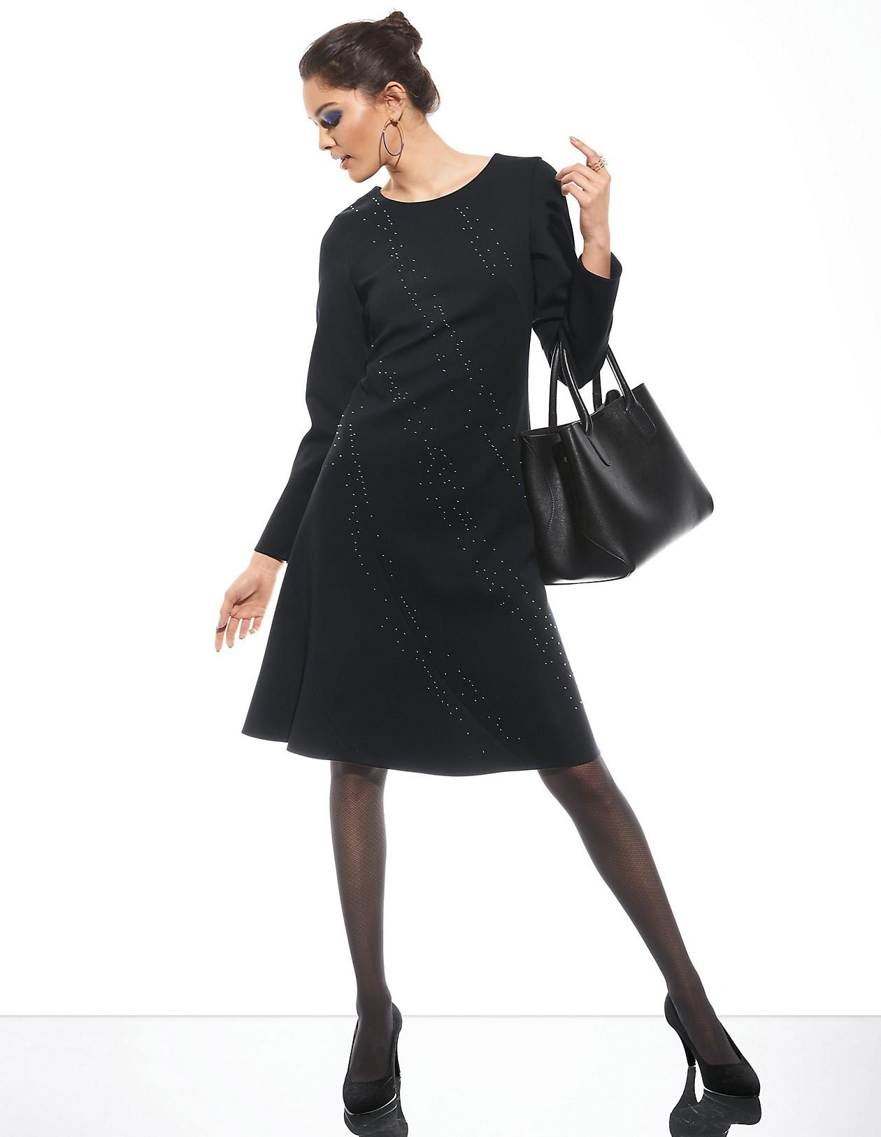 kurzes schwarzes kleid mit langen ärmeln